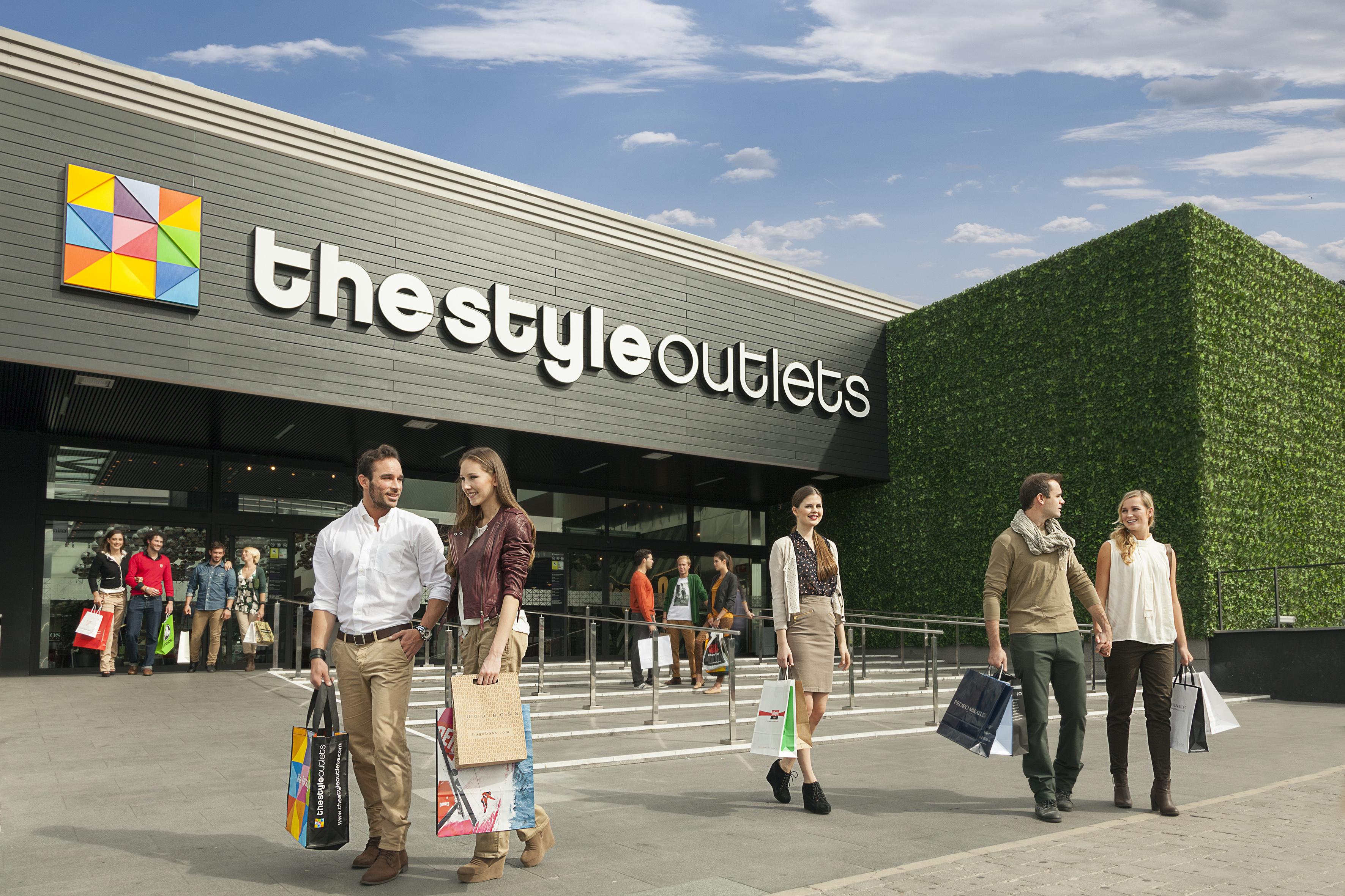 Perplejo Trastorno cafetería  The Style Outlets centres in Madrid increase sales by 6.76% in first half  of the year | NEINVER