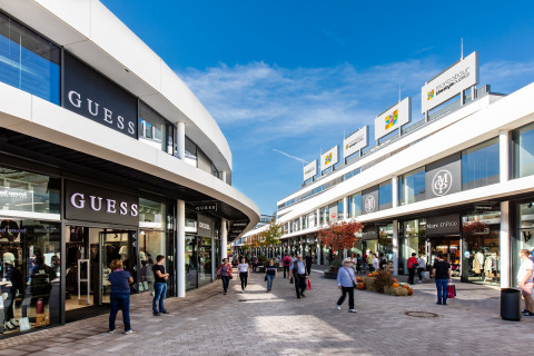 Guess | The Style Outlets Germany Montabaur