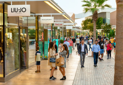 material fuga charla  NEINVER reports outlet sales growth to over €970 million   NEINVER